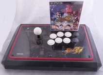 Mad Catz Street Fighter IV Arcade Fightstick Tournament Edition + Super Street Fighter IV